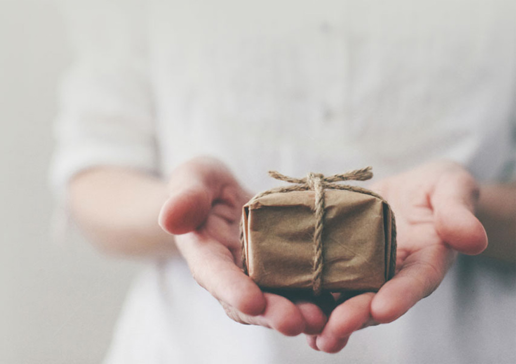 give_gift